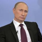 «ВВ уже ничего не решает»: журналист назвал Путина официантом в президентском костюме