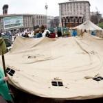 Закуплены сотни палаток: В Киеве затевают бунт