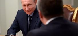 Аксенов: Путин должен быть пожизненным президентом